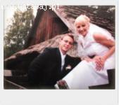 Filmowanie uroczystości ślubnych oraz sesje ślubne.