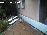 Izolacja pionowa fundamentów plus drenaż zew. i wew.