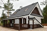 Przestronny, rodzinny dom drewniany Z39