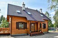 Wygodny, rodzinny dom z drewna dla Twojej rodziny